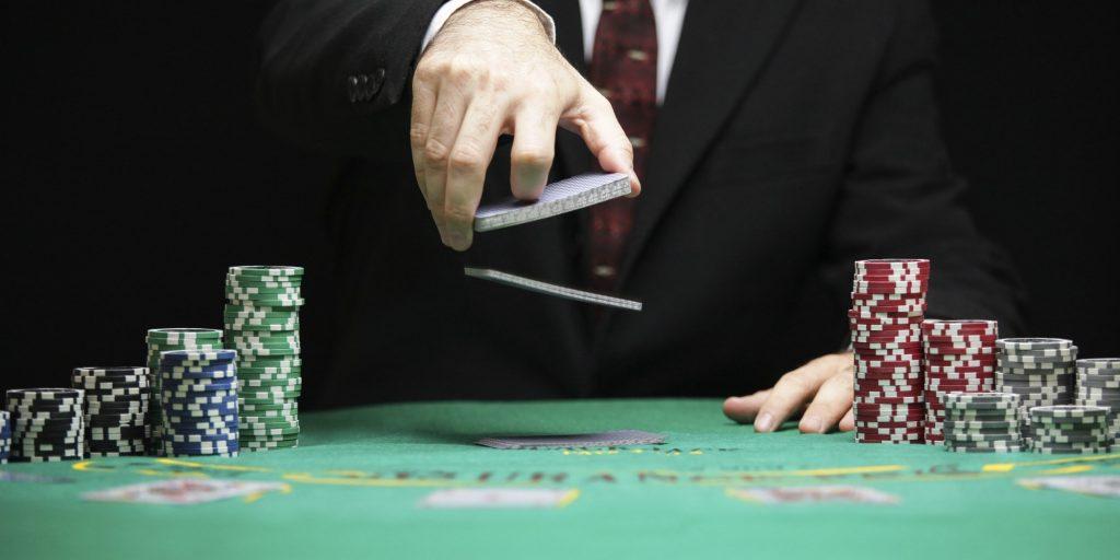 Slow Role Poker